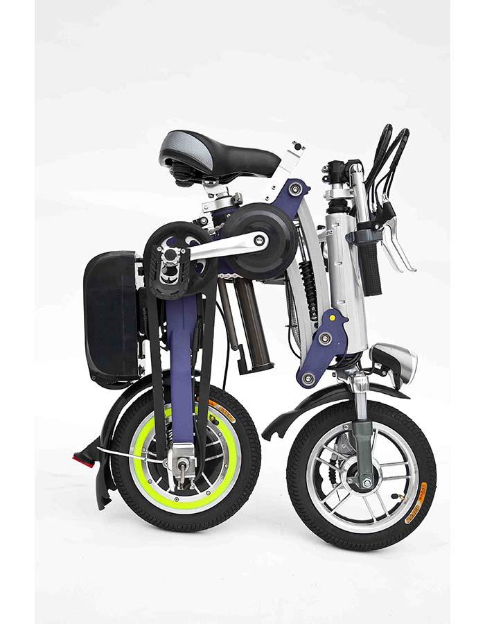 bicicletta elettrica pieghevole chiusa